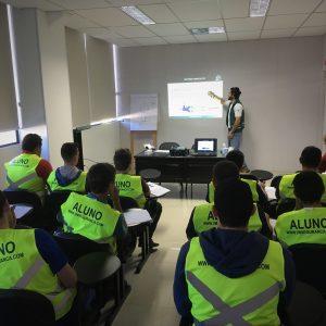 Curso de NR 10 - Segurança em Instalações e Serviços em Eletricidade